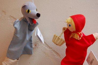 画像2: チェコのおもちゃ マペット人形 赤ずきんちゃん