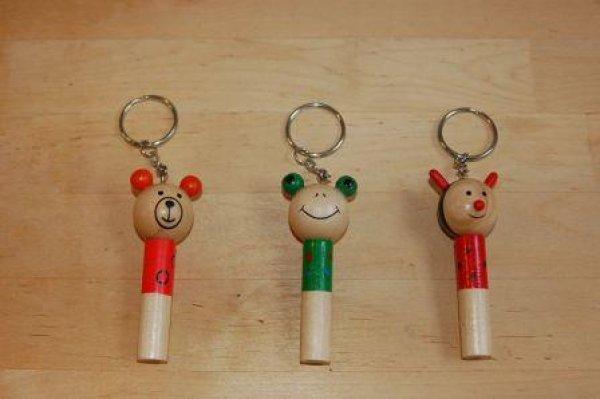 画像1: チェコ 木のおもちゃ ホイッスル アニマルキーホルダー (1)