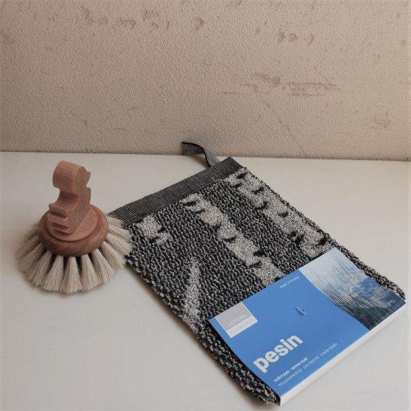 画像1: 北欧雑貨 LAPUAN KANKURIT 《ラプアン カンクリ》 リネン バスミトン ≪KOIVU≫ ブラック (1)